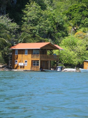 Roatan Real Estate